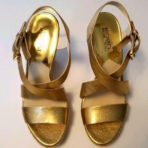 Michael Kors Women's Giovanna Leather Wedg…